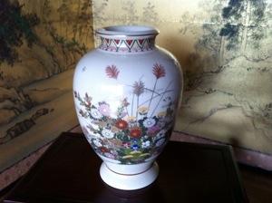 白薩摩の大花瓶
